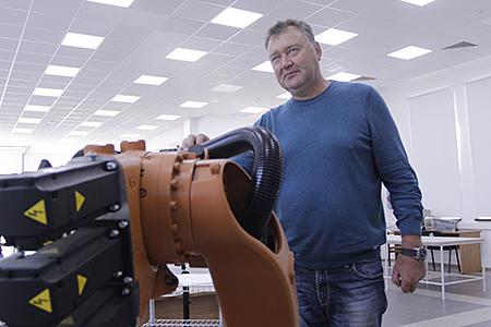 Директор новочеркасского производителя систем автоматического управления для промышленности «Пластик Энтерпрайз» Олег Тюрин